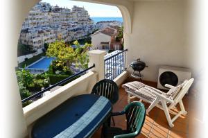 A balcony or terrace at Apartamento Benalmadena Costa