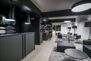 Restaurant ou autre lieu de restauration dans l'établissement Apartamentos Turisticos Paraiso