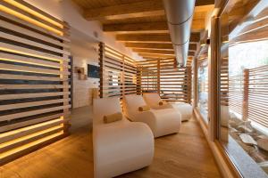 A seating area at Hotel Cristallo