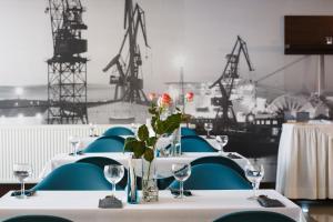 Restauracja lub miejsce do jedzenia w obiekcie Hotel Gryf