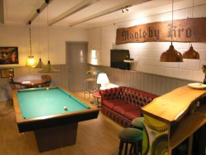 A pool table at Klintholm Bed & Breakfast