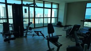 The fitness centre and/or fitness facilities at Beach Class Boa Viagem