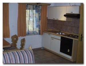 Küche/Küchenzeile in der Unterkunft Dreikoenig