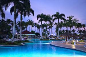 The swimming pool at or close to Bahia Principe Grand La Romana - All Inclusive