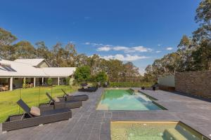 The swimming pool at or near Spicers Vineyards Estate