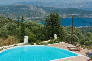 Πισίνα στο ή κοντά στο Anemones Villas by Xenia Resorts