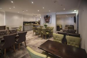 A restaurant or other place to eat at Hotel 52; Sure Hotel Collection by Best Western