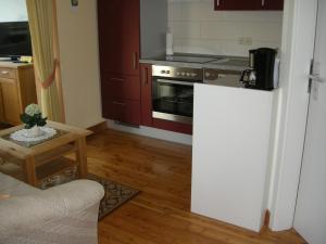 Küche/Küchenzeile in der Unterkunft Ferienwohnungen Haus Elsbeth