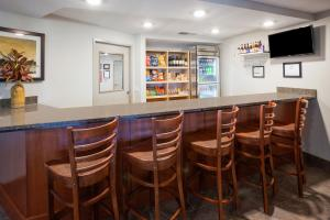 The lounge or bar area at AmericInn by Wyndham Sibley
