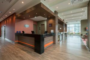 The lobby or reception area at Hampton by Hilton Medellin