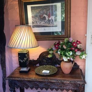A seating area at Stoke by Nayland B&B Poplars Farmhouse