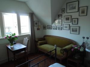 A seating area at Bed & Breakfast Frans Hals Haarlem