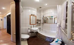 A bathroom at Babylon Apartments on Petliury Street