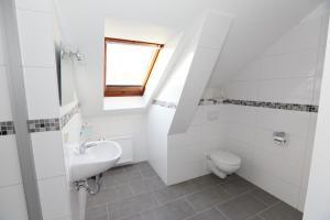 Ein Badezimmer in der Unterkunft Appartementhotel in Stade