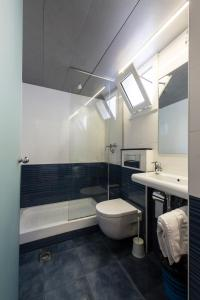 A bathroom at Hotel Barbara