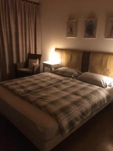 Ein Bett oder Betten in einem Zimmer der Unterkunft Bed & Breakfast aux Enges
