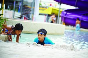 Children staying at Hard Rock Hotel Penang