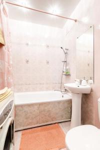 Ванная комната в Apartament on Vesennyaya 21a