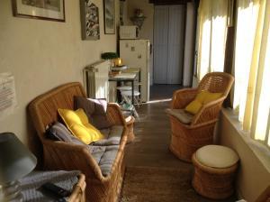 A seating area at Le Clos de St Paul