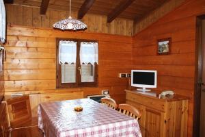Zona pranzo nel campeggio