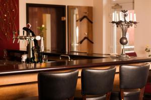 Lounge oder Bar in der Unterkunft Hotel Dietrichsdorfer Hof