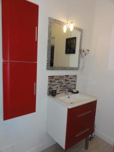 A bathroom at La Parenthèse