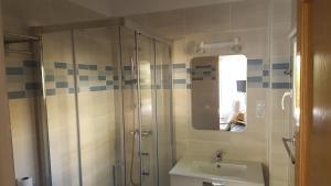 Een badkamer bij Bungalows Peikert - 40b