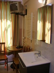 Um banheiro em Budget Hotel Neutraal