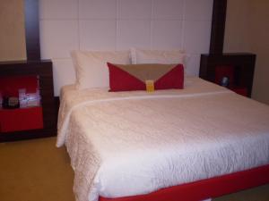 Letto o letti in una camera di Hilton Garden Inn Lecce