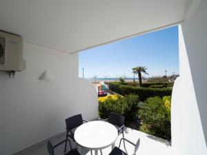 Un balcón o terraza de InmoSantos Oasis E2
