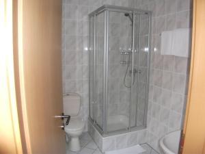 Ein Badezimmer in der Unterkunft Le Petit Poete