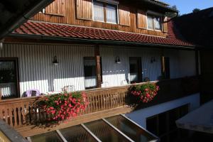 Ein Balkon oder eine Terrasse in der Unterkunft Steiner Wirt