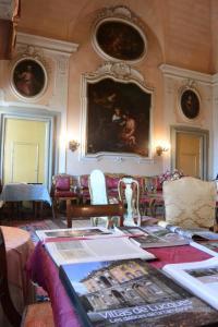Een zitgedeelte bij Azienda Agricola Fabbrica Di San Martino