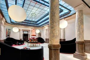 The lobby or reception area at Rocco Forte Hotel De Rome