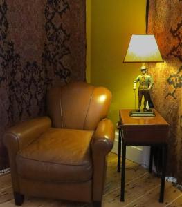 A seating area at Inn at 34