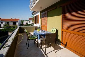A balcony or terrace at Apartments Silvia