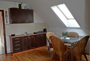 Kuchnia lub aneks kuchenny w obiekcie Agroturystyka Sominy Piotr