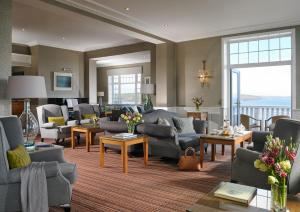 A seating area at Dunmore House Hotel