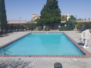 Der Swimmingpool an oder in der Nähe von Lake Powell Canyon Inn