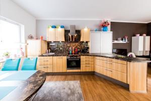 Küche/Küchenzeile in der Unterkunft harz-traum