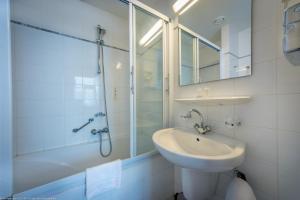 Een badkamer bij Hotel Rotterdam