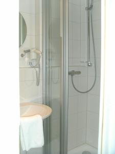 Ein Badezimmer in der Unterkunft Hotel Meyn