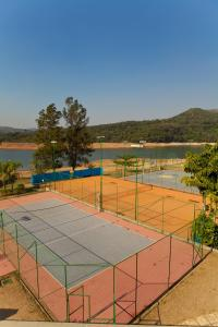 Tennis and/or squash facilities at Hotel Lago do Sol or nearby