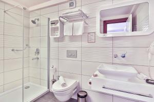 Ванная комната в Olea Nova Hotel