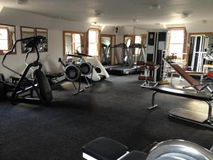 The fitness center and/or fitness facilities at The Lomond Hills Hotel
