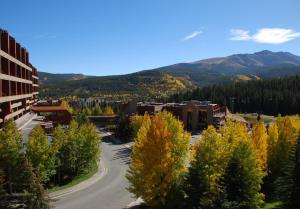 Vue générale sur la montagne ou vue sur la montagne depuis l'appartement