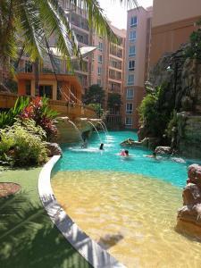 The swimming pool at or near Atlantis Condo Resort Natali