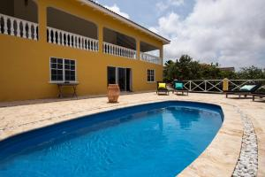 The swimming pool at or close to Villa Sol Mate