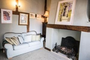 A seating area at Taylour House