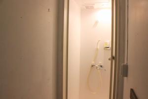 A bathroom at Yado Retro House Ginza Asahikawa